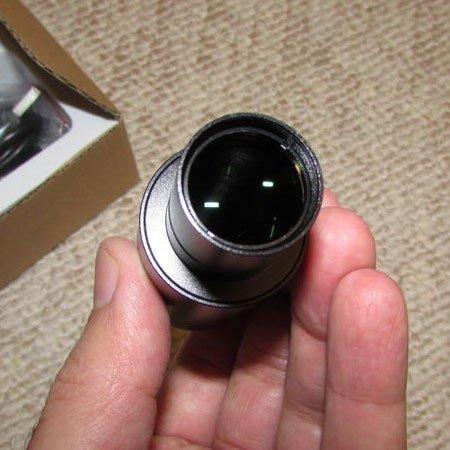 نمایی نزدیک از لنز دوربین 5 مگاپیکسلی مخصوص انواع میکروسکوپ و استریو میکروسکوپ